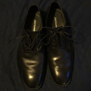 Men's Black Johnston&Murphy Dress Shoes